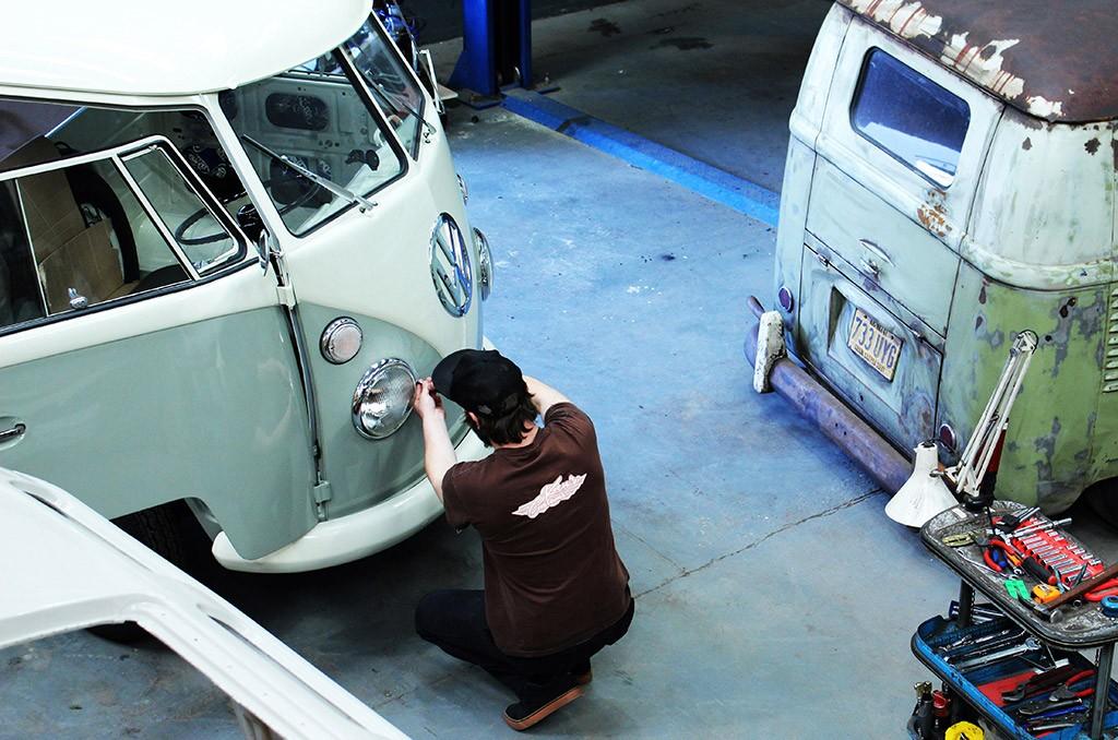 kens-customs-vintage-interiors-17