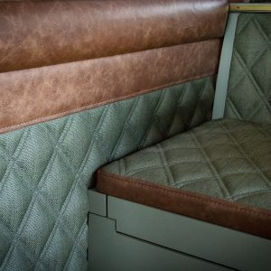 kenscustoms_auto_upholstery